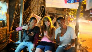 socializing-in-philipinos